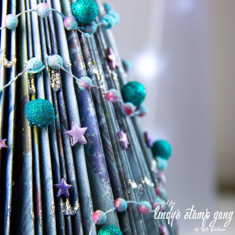 LSG Magazine Christmas Tree-11